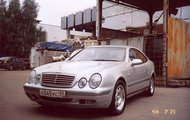 Mercedes-Benz CLK W208